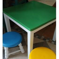 Mesa de niño sola pintada 50 x 50 cm